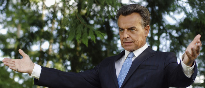 Ray Wise confirms that Twin Peaks will return next summer with 18 chapters led by Lynch