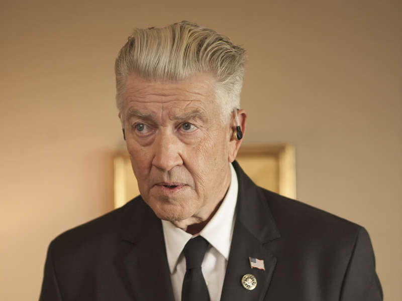 "Review of Twin Peaks 3×16 by ""El pájaro burlón"""